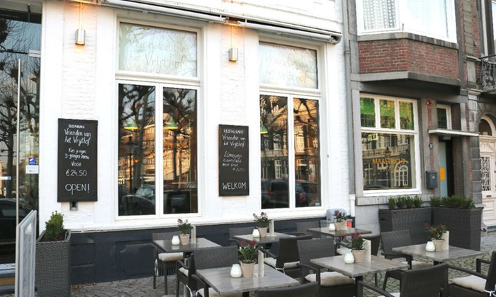 Vrijthof Groupon In Van Het Restaurant Vrienden Maastricht wqpfnYt