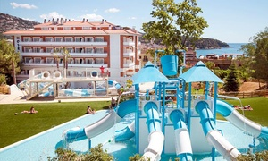 Séjour en pension complète à l'Hôtel Gran Garbi Mar 4* avec Aquasplash Lloret de Mar