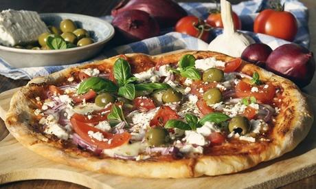 Menu con antipasto, pizza, dolce e birra per 2 o 4 persone alla Trattoria Pizzeria al Tiglio (sconto fino
