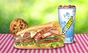 Subway - Ramos Mejia: Desde $79 por Sub de 15 o 30 cm a elección + gaseosa + paquete de papas o cookie en Subway Ramos Mejia