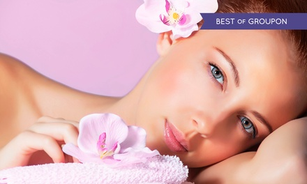 Build-Your-Own 60-Minute Pamper Package for £16.95 at Lush Nails & Beauty (Up to 58% Off)