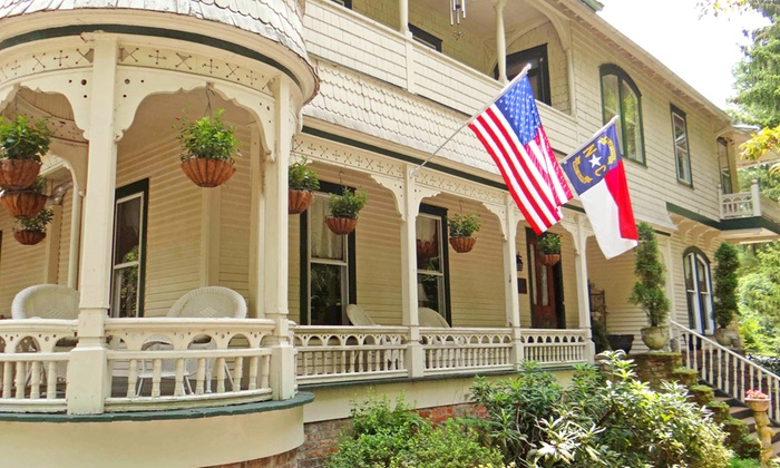 Engadine Inn Cabins Candler Nc 2 Night Stay For Two In