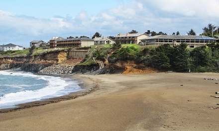 Stay with Dining Credit at 2.5-Star Depoe Bay Hotel in Oregon. Dates into May.