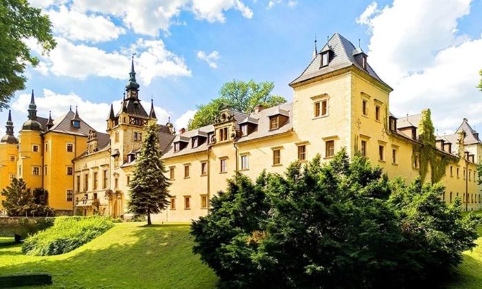 Dolnośląskie: 1-7 nocy w folwarku lub zamku ze spa