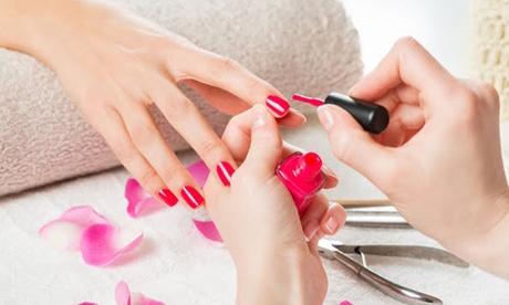 Beauté des mains et/ou des pieds avec pose du vernis semi-permanent dès 19,90€ à l'institut Or p'hair