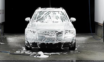 3 o 5 lavaggi auto interno-esterno con nuova tecnologia a vapore da Autolavaggio Spruzzino Car Wash (sconto 59%)