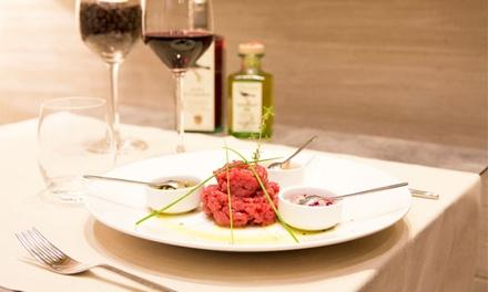 Menu con tartare a scelta dal menu e vino