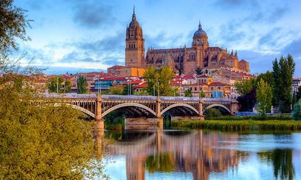 Salamanca: 1 noche en habitación doble con desayuno y opción a comida o cena en Hotel Helmántico