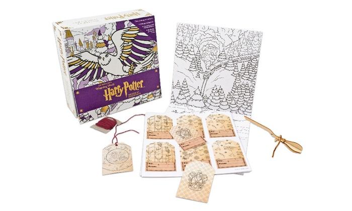 Harry Potter Winter At Hogwarts Magical Coloring Set