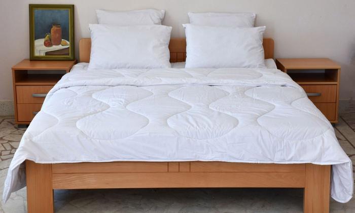 couette 100 polyester groupon. Black Bedroom Furniture Sets. Home Design Ideas