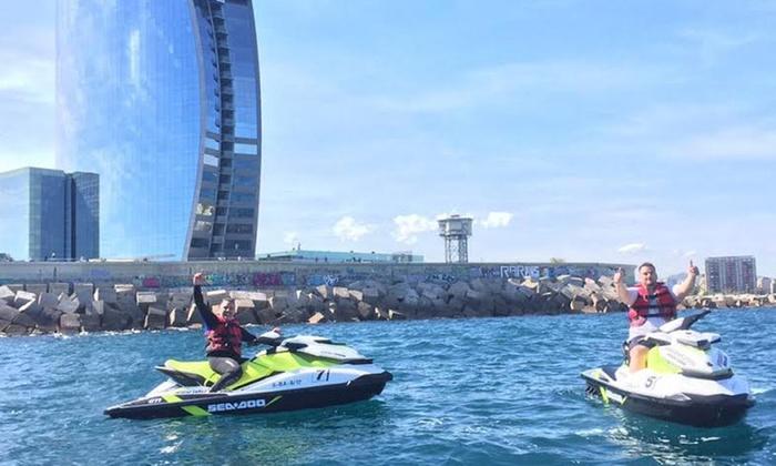 JetScoot - JetScoot Port Fòrum: 30 minutos o 1 hora en 1 o 2 motos de agua para 1-4 personas o 1h en moto de agua premium desde 49 € conJetScoot
