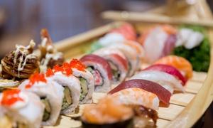 Umami More Than Sushi: Japońskie przysmaki: 30 zł za groupon wart 50 zł na menu i więcej opcji w Umami More Than Sushi przy Starym Rynku