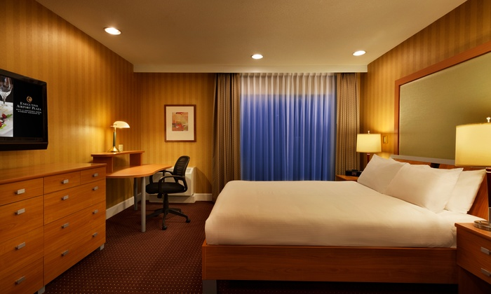 Executive Hotel Vancouver Airport In Richmond Bc Ca Groupon