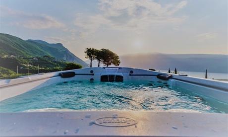 Navazzo di Gargnano, Boutique Hotel Villa Sostaga: fino a 7 notti con colazione, 1 cena opzionale e area benessere per 2