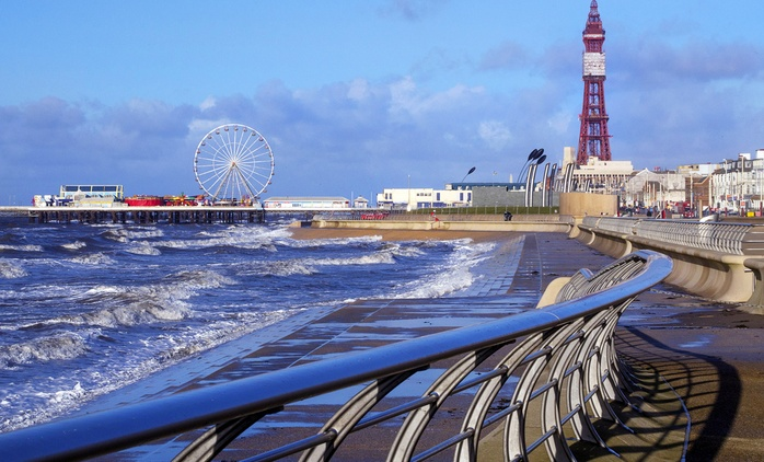 Blackpool: Stay For Two or For Up to Five With Full English Breakfast at The Derwent