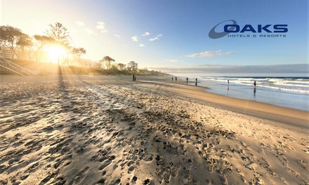 Sunshine Coast: 3 or 5 Nights for Two or Four People with Wine and Late Check-Out at Oaks Seaforth Resort-Sunshine Coast