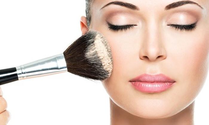 Three-Hour Make-Up Masterclass - SpinksoBox | Groupon