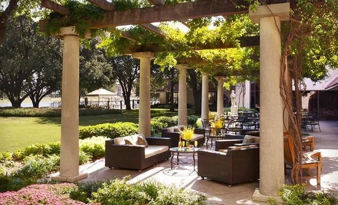 Stay at 4-Star Omni Mandalay Hotel at Las Colinas in Irving, TX