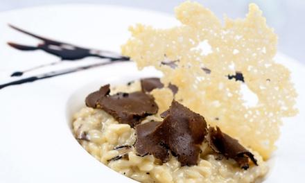 Menu découverte ou menu Ode à la truffe pour 2 personnes dès44,90 €au restaurantLa Forge