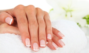 Ladys by Beauty and More: Deluxe-Maniküre inkl. Handmassage im Salon Ladys by Beauty and More ab 19,90 € (bis zu 65% sparen*)