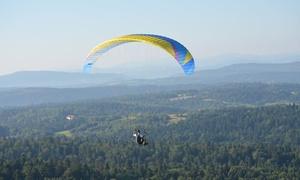 Flyschool Szkoła Pilotażu Paralotni: Szkolenie teoretyczne z samodzielnym lotem paralotnią za 139,99 zł i więcej opcji w szkole Fly School (do -40%)