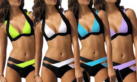 1x oder 2x zweifarbiger Bikini in der Farbe und Größe nach Wahl  (Statt: 59,99 € Jetzt: 16,99 €)