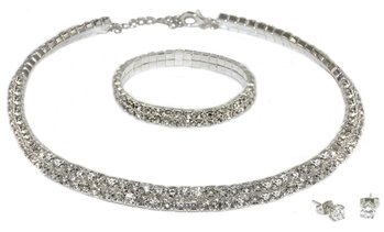 Double-Row Jewellery Set Made with Crystals from Swarovski®