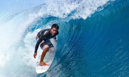 Salinas: 2 o 6 noches para 1 con desayuno y clases de surf en Salinas Alamar Surf House