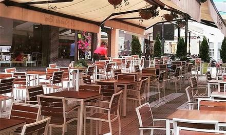 Menú de hamburguesa para 2 o 4 personas con entrante, principal, postre y bebida desde 22,95 € en La Cañada Real