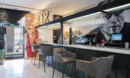 Menú para 2 o 4 con aperitivo, entrante, principal, postre y botella de vino o bebida desde  en ComerDcine