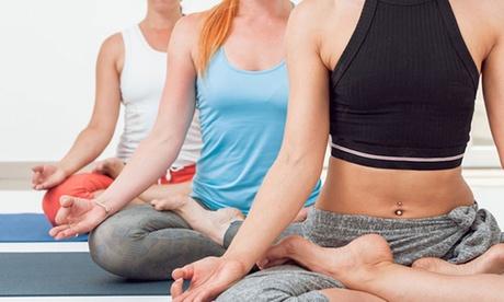 4 o 6 clases de yoga o ballet fitness desde 39 € en Elena Aguilar yoga Oferta en Groupon