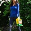 Vigoro Weed & Feed Ready 2 Go Spreader