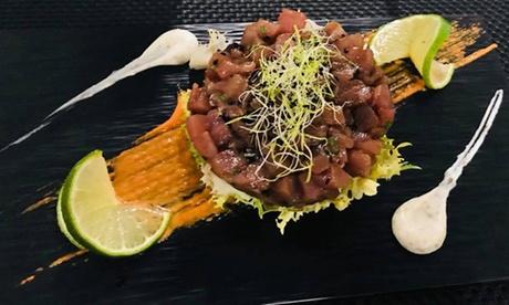 Menú para 2 o 4 personas con entrante, principal, bebida y copa de cava desde 27,95 € en Zahir Brillante