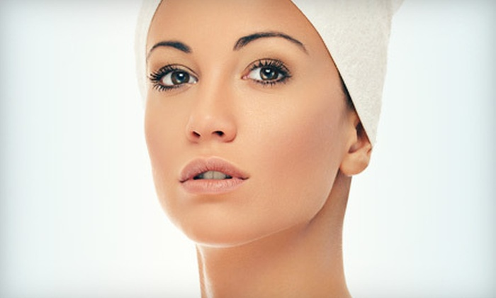 Nikki at Distinctive Style - Carson City: $85 for an Anti-Aging Package with a Collagen Mask and LED-Light Treatment from Nikki at Distinctive Style ($215 Value)