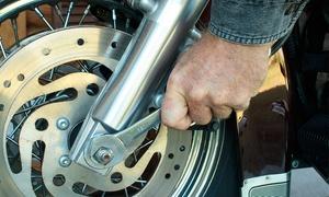 Moto House: Cambio de aceite y filtro para scooter o moto de hasta 1.000cc y revisión pre-itv desde 19,95 €