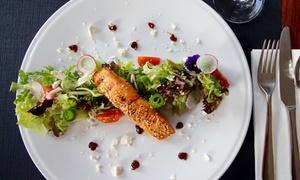 Sauté: Kuchnia europejska: zupa, danie główne (69,99 zł) z deserem (84,99 zł) dla 2 osób i więcej opcji w restauracji Sauté