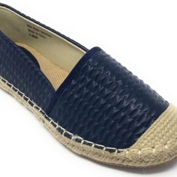 2942e6762 Forever Young Women's Espadrille Flats | Groupon