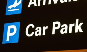 Flyparking Pisa: 8 o 12 giorni di parcheggio coperto all'aeroporto Galileo Galilei di Pisa da Flyparking Pisa (sconto fino a 61%)