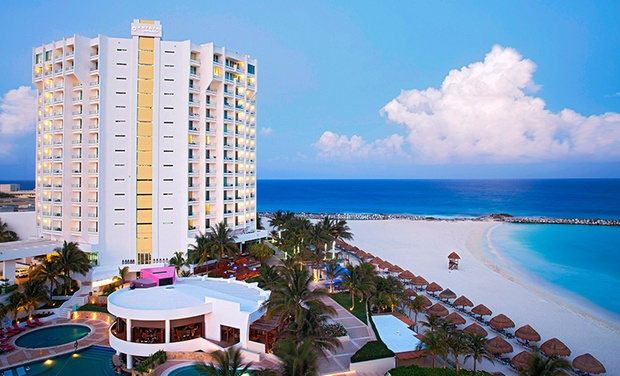TripAlertz wants you to check out ✈ 3-, 4-, 5-, 6-, or 7-Night Krystal Grand Punta Cancun Stay with Airfare. Price per Person Based on Double Occupancy. ✈ Krystal Grand Punta Cancun Stay w/Air from Vacation Express  - All-Inclusive Cancún Vacation