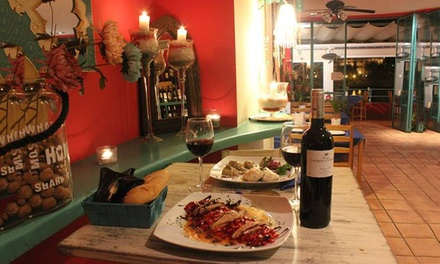 Lola Cazerola: menú básico o premium para 2 o 4 con entrante, principal, postre y jarra de sangría o bebida desde 19,95€