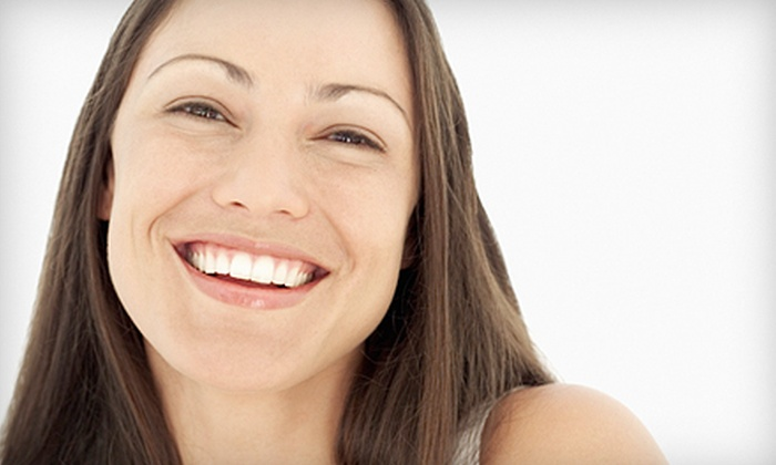DaVinci Teeth Whitening Systems - Riviera Bay: $69 for a 60-Minute Laser Teeth-Whitening Session at DaVinci Teeth Whitening Systems in St. Petersburg ($299 Value)