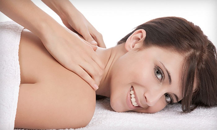 Aiki Healing - Barton Hills: $44 for a One-Hour Energy Facial Rejuvenation with Aromatherapy Plus $12 Rewards Card at Aiki Healing ($143 Value)