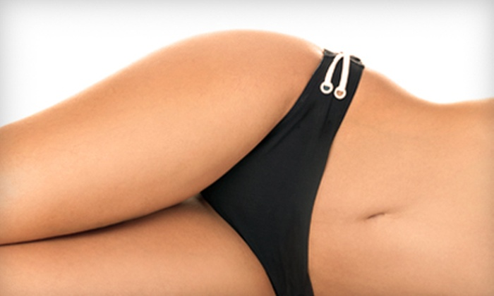 Ultra Tan Louisville - Multiple Locations: $20 for a Tanning Package with UV and Mystic Tan Options at Ultra Tan Louisville ($42.27 Value)