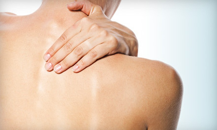 DC Healthy Living Center - Walker: $45 for Four-Visit Chiropractic Treatment Package at DC Healthy Living Center ($465 Value)