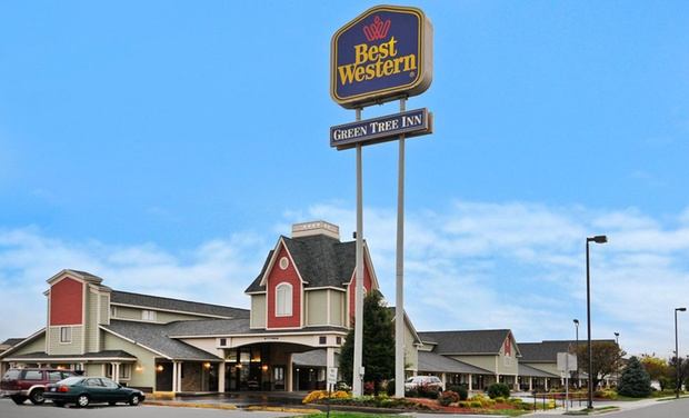 Best Western Green Tree Inn - Clarksville, IN: Stay at Best Western Green Tree Inn in Clarksville, IN, with Dates into January.