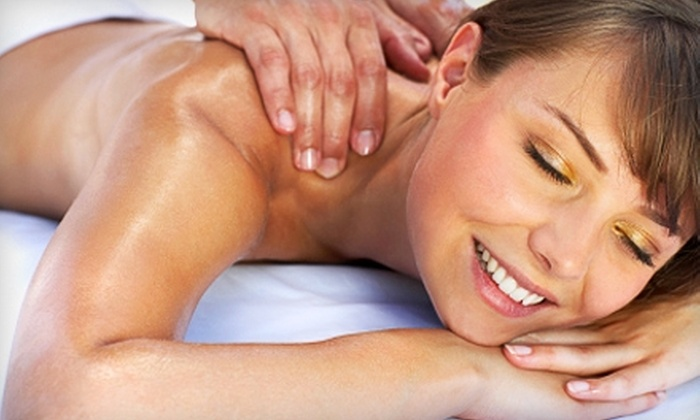 Una Massage - North Brook: $55 for a One-Hour Swedish Massage, Aromatherapy, and Exfoliating Arms and Hands Polish at Una Massage in McKinney ($104 Value)