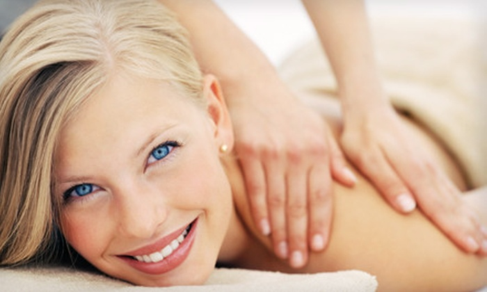 Discover Health and Wellness - Greenwood Village: $29 for a One-Hour Massage at Discover Health and Wellness in Greenwood Village ($60 Value)