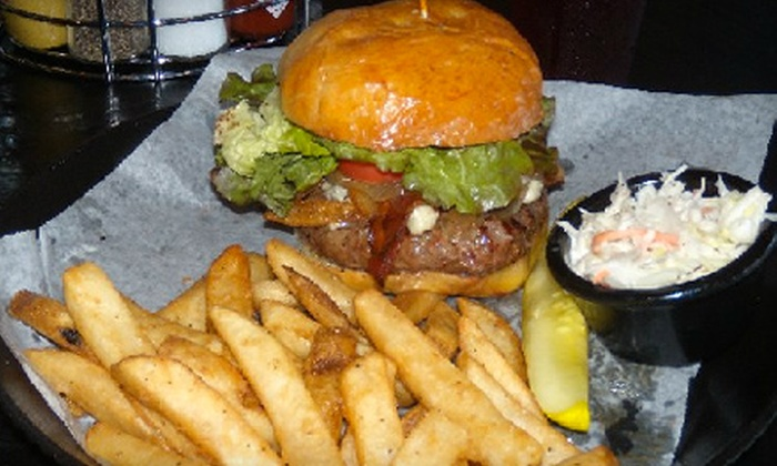 Lil' Masters Grille - Fair Haven: Grill Fare at Lil' Masters Grille in Fair Haven