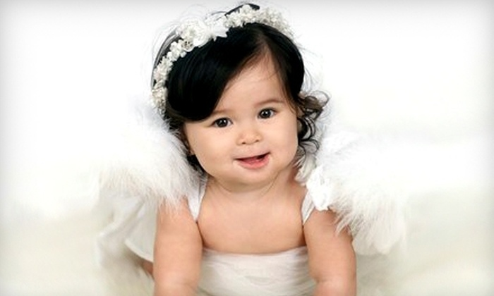 Expressions Portrait Design - Honolulu: $99 for Photo Session and Gold Photo Package at Expressions Portrait Design (Up to $238.80 Value)