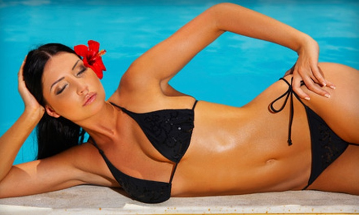 Oasis Tanning Salon - Philadelphia: 10 UV Tans or Three Spray Tans at Oasis Tanning Salon